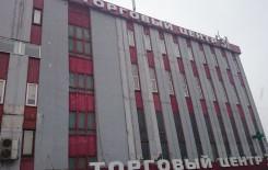 Ремонт фасада торгового центра - до