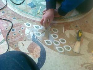 Реставрация мозаики на полу