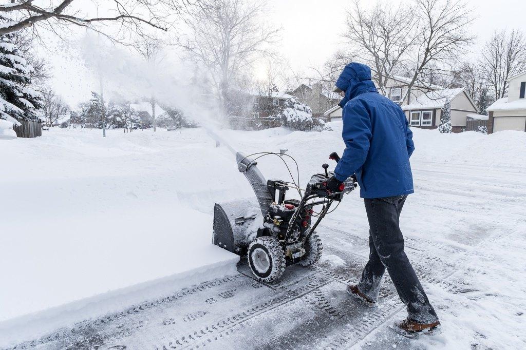 Очистить крышу от снега
